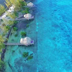 Did you know they have over water bungalows in #Belize @thethatchcaye resort, which is only a 2 hours flight from Miami in the Caribbean?