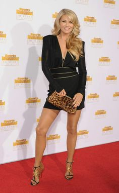 If this is what 60 looks like, sign us up!  Motivation Christie Brinkley - P.S:You can lose weight fast at RaspTea.com