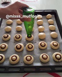 Ideas for decorating baking with improvised means - I Love Needlework - MirTesen media platform Creative Desserts, Cute Desserts, Delicious Desserts, Pumpkin Recipes, Cookie Recipes, Baking Recipes, Amazing Food Decoration, Amazing Food Hacks, Giraffe Cakes