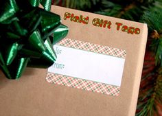 Free plaid gift tag printables!