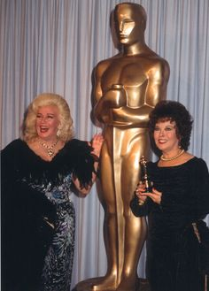 Ginger Rogers and Shirley Temple at the 1984 Oscars.