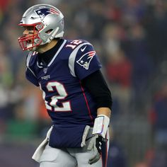 Report: Patriots' Tom Brady Was Playing with Foot Injury; Also Had Elbow Issue Logan Ryan, Toe Injuries, Football Talk, Hammer Toe, Nfl Network, Sports App, Injury Report, Tennis Elbow, Tennessee Titans