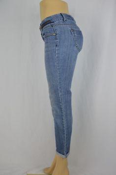 Apostrophe Premium Womens 4 Medium Wash Distressed Long Rolled Cuff Capri Jeans #ApostrophePremium #CapriCropped