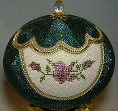 Rose diamantes de imitación | Un poco Eggstra
