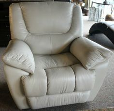 Omega Taupe Leather Recliner - Bailey's Furniture