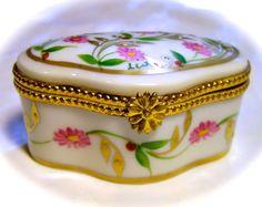 Limoges France French Rare Signed Wild Roses Trinket Box Pill Peint Main Limoge