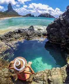 Quanto mais salgada a água mais D o c e a vida  #veraotododia #sejaleve #sejafeliz #sejalatarsi #partiupraia