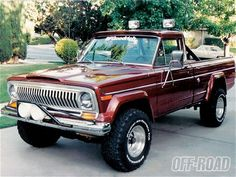 1977 Jeep J10 My David had this exact truck before we dated... He needs one again!