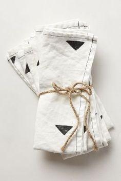 carets black & white napkin set / anthropologie