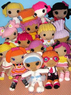 Loopsie Group crocheted by ladynoir63, via Flickr...SO AWESOME!!!