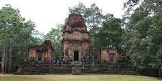 Prasat Bei in Angkor, Siem Reap Cambodia  Date: 10th century, Reign: Yasovarman I, Religion: Hindu (Shiva)     Read more: http://www.globaltravelmate.com/asia/cambodia/angkor/angkor-temples/538-siem-reap-prasat-bei.html#ixzz2XbENWWeR