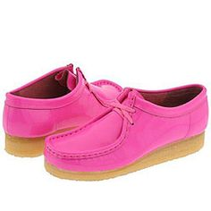 @Overstock - A Clarks footwear classic, originating in 1965.Progressive moccasin design on a nature-formed last to create the world's first comfort shoe.Genuine plantation crepe outsole cushions the foot.http://www.overstock.com/Clothing-Shoes/Clarks-Wallabee-Womens-Bright-Pink-Patent-Leather/3550513/product.html?CID=214117 $55.64