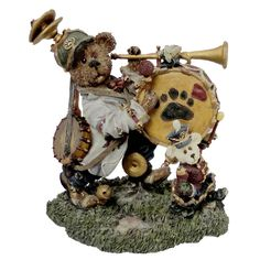 Boyds Bears Jonathan C. Tootsenwhistle Retired 227806 *** Insider's special review you can't miss. Read more  : Home Decor Collectible Figurines