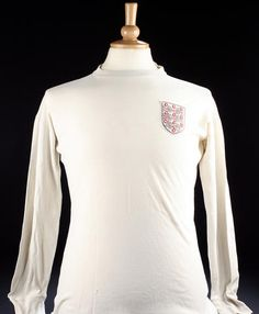 Jack Charlton's 1966 World Cup match worn shirt v Argentina This was the number 5 shirt worn by Jack Charlton during the quarter final v Argentina in the 1966 World Cup