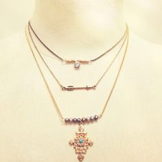 Forever21 What would you pair with this layered necklace? #ThreeChains #Accessories #MustHave #Arrow #Gold