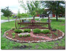 Make our farm junk look good! Hahaha luv it Garden Junk, Garden Yard Ideas, Lawn And Garden, Garden Projects, Rustic Gardens, Farm Gardens, Outdoor Gardens, Farm Landscaping, Tropical