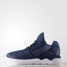 b4a96d68bee7f Inspirado pela moda contemporânea e com base na herança esportiva da  adidas