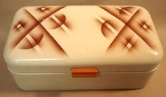 1940s Vintage Enamelware BREAD BOX with by FindingsCreations, €56.00