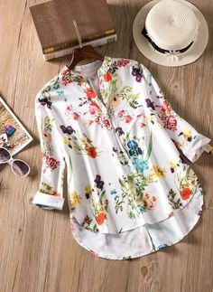 Shop Floryday for affordable Floral Long Sleeve Blouses. Floryday offers latest ladies' Floral Long Sleeve Blouses collections to fit every occasion. Long Blouse, Short Sleeve Blouse, Long Sleeve, Blouse Styles, Mode Style, Half Sleeves, Latest Fashion Trends, Fashion Outfits, Fashion Blouses