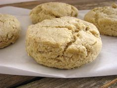 Fluffy almond flour biscuits
