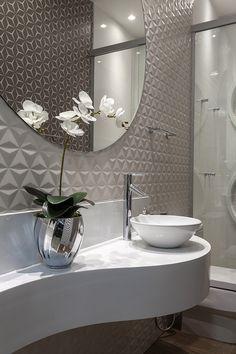 94 modern bathroom decoration ideas quite unique to give you a calm bath time 12 ~ Beautiful House Lovers Washroom Design, Toilet Design, Bathroom Design Luxury, Modern Bathroom Decor, Bathroom Layout, Modern Bathroom Design, Home Interior Design, Home Decor Furniture, Bathroom Inspiration