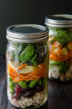 Loaded Tuna Salad Mason Jars // from soletshangout.com // these #salads are easy to throw together and grab in a pinch for #lunch! They're #glutenfree #paleo #dairyfree and full of #veggies. #masonjarsalad #healthylunch #21dsd #makeaheadlunch