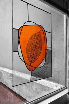 L'Artisan du vitrail - Atelierd e création et restauration de vitraux                                                                                                                                                     Plus