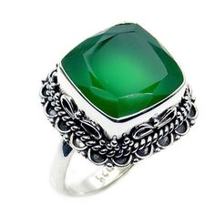 Sterling Silver Green Onyx Ring, Size 6.75  Price : $38.85 http://www.silverplazajewelry.com/Sterling-Silver-Green-Onyx-Ring/dp/B00JU5K4D4