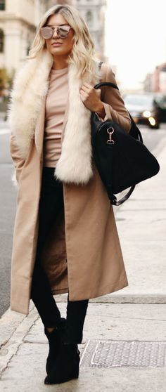 Venice Greel + ultra glamorous + classic style beige coat + gorgeous faux fur collar stole + black jeans + suede boots + fabulous winter style.   Brands not specified.