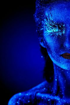 UV portrait by fybV on – Body Painting Light Painting, Body Painting, Hair Painting, Tinta Neon, Uv Photography, Editorial Photography, Fashion Photography, Uv Makeup, Body Makeup