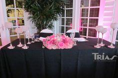 0046 #sweethearttable #triasflowers #weddings #events #flowers #elegant #miami www.triasevents.com