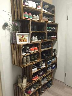 Great shelf idea!