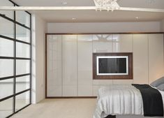 Concepts in wardrobe design. Storage ideas, hardware for wardrobes, sliding wardrobe doors, modern wardrobes, traditional armoires and walk-in wardrobes. Closet design and dressing room ideas.: