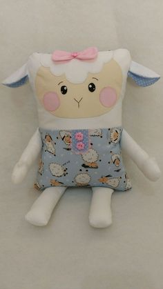 Baby gifts homemade sewing projects hands Ideas for 2019 Kids Pillows, Animal Pillows, Sewing Toys, Sewing Crafts, Homemade Baby Gifts, Unicorn Pillow, Fabric Animals, Baby Sewing Projects, Operation Christmas Child
