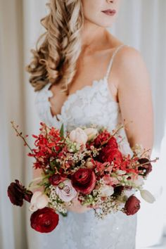 We chose predominantly seasonal local flowers to keep the cost (both budgetary a. We chose predomi Spring Wedding Flowers, Floral Wedding, Fall Wedding, Autumn Weddings, Wedding Blog, Bride Bouquets, Bridesmaid Bouquet, Wedding Venues, Decor Wedding