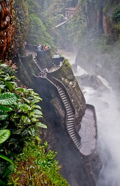 Stairs leading to the bottom of cascada pailon del diablo in Ecuador