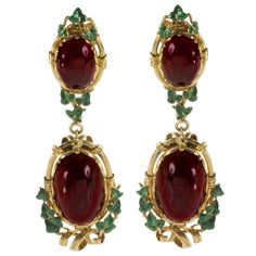 Gold and garnet pendant earrings with green enamel ivy leaves, 1840.