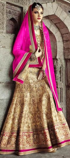 156753: This is going to be your bridal wear. Make your wedding special.  #OnlineShopping #BrideToBe #IndianWedding