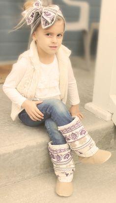 Adorable little girl @Ashlee Outsen Hein - moccasins! | Family ...