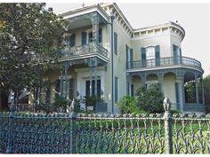 1448 Fourth St, New Orleans, LA 70130