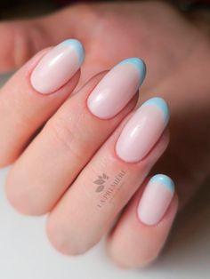 Pink Tip Nails, Pastel Blue Nails, Acrylic Nails Light Blue, French Tip Acrylic Nails, Bleu Pastel, Simple Acrylic Nails, Simple Nails, Round Tip Nails, Short Round Nails