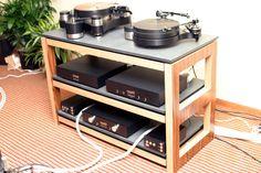 The Audio Beat - RMAF 2010 - Hot Product - Silent Running Audio Scuttle equipment rack