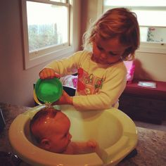 """Lucie's List reviews the best Baby Bath Tubs and other bath time essentials. We also discuss newborn vs. """"regular"""" infant tubs and the benefits of each. Diy Romper, Baby Tub, Cool Baby Names, Cool Baby Clothes, Baby Bath Time, Baby First Birthday, Baby Needs, Unique Baby, Baby Registry"""