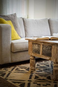 Indian coffee table from recycled wood combined with modern Home spirit sofa Indian Coffee Table, Colonial Furniture, Indian Furniture, Gray Sofa, Recycled Wood, Old Wood, Love Seat, Spirit, Couch
