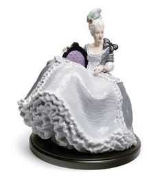 Lladro Rococo Lady at The Ball New in Box 8423   eBay