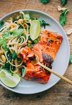 Thai Noodle Salad with Glazed Salmon. This flavor packed main course can be prepared in less than 45 minutes! #salmon #dinner