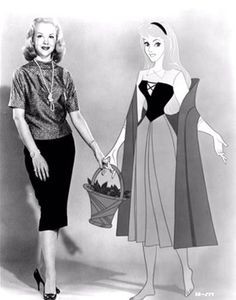 Mary Costa voice of Princess Aurora is from Knoxville. You might spot her visiting the Disney Store in West Town Mall. Retro Disney, Vintage Disney, Disney Girls, Disney Love, Disney Magic, Disney Dream, Disney And Dreamworks, Disney Pixar, Walt Disney