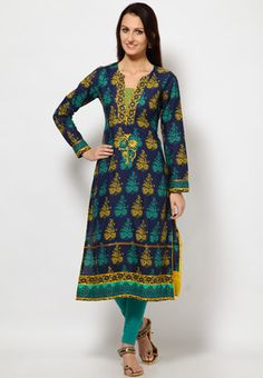 Green coloured printed kurta for women from Folklore. Made from 100% cotton, it features a midi length, a regular fit and full sleeves.