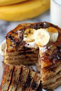 Delicious healthy pancakes that are gluten-free, dairy-free, and sugar-free!  #bananaoatmealpancakes #bananaoatmealpancakeswithchiaseeds #bananaoatmealpancakes✌🏻️😋 #healthybreakfast #easybreakfast #glutenfree #dairyfree #sugarfree Healthy Cookies, Healthy Snacks, Healthy Recipes, Healthy Breakfasts, Eating Healthy, Easy Recipes, Blueberry Oatmeal Cookies, Banana Oatmeal Pancakes, Clean Eating Desserts