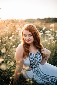 summer senior pictures, senior portrait session, class of 2018, senior pictures, senior portraits, carroll county maryland senior portrait photographer, woodbine maryland, carroll county, senior girl, high school senior pictures, senior picture inspo, outfit inspiration, naturally vivid photography, fall senior pictures